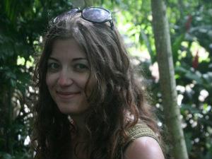 Emily Regan : Senior Editor/Lifestyle and Literature Correspondent